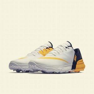 NEW Nike FI Flex Spike less Golf Shoes